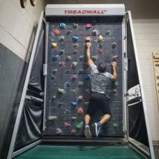 Treadwall M6 Pro Caminadora Vertical Pared Escalada Roca Brewing Fitness