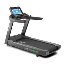 """CIR-TM8000e-G M8e Pantalla 19"""" LCD WiFi Caminadora Circle Fitness Serie 8 Potente Motor 6HP para Gimnasios Uso Rudo Comercial"""